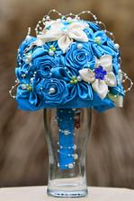 textilná kytica na výzdobu alebo ako náhrada svadobnej