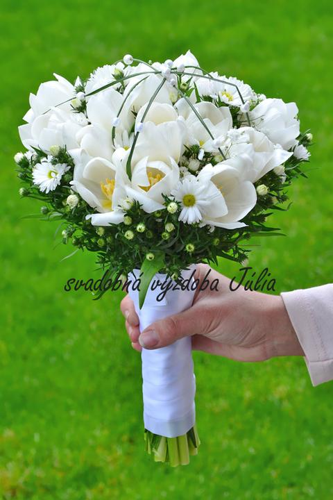 Svadobné kytice, možnosť aj kúpiť - naša práca