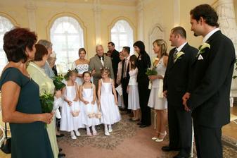 V den svatby