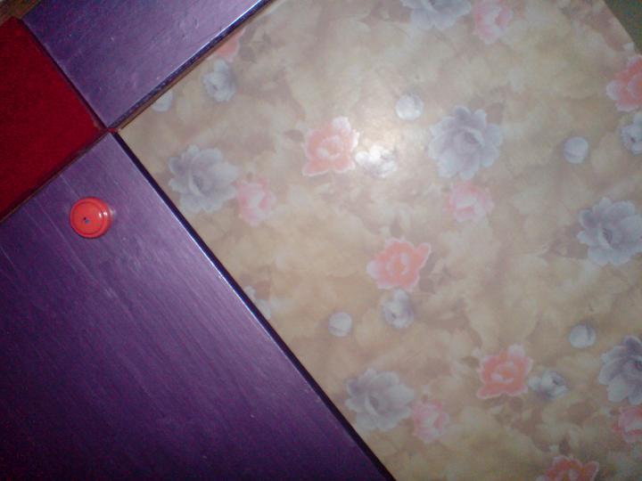 Co tak růžičková tapeta :(