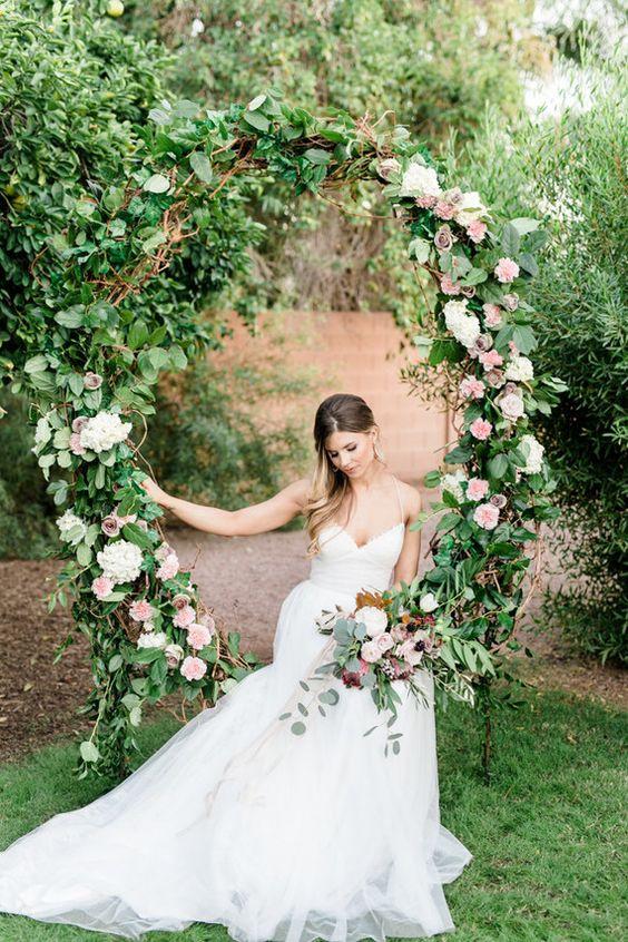 Svatba ve stylu Hula Hoop - Obrázek č. 12