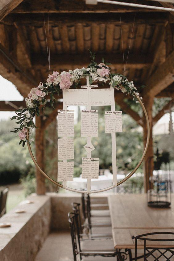 Svatba ve stylu Hula Hoop - Obrázek č. 13