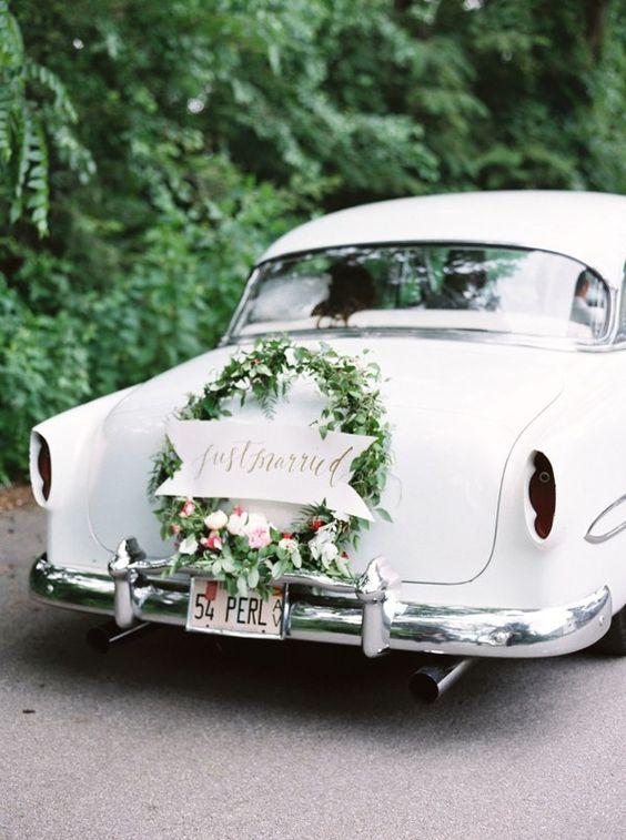 Svatba ve stylu Hula Hoop - Obrázek č. 14