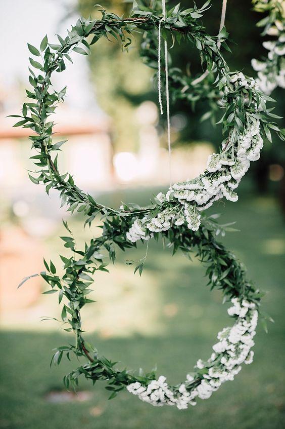 Svatba ve stylu Hula Hoop - Obrázek č. 22