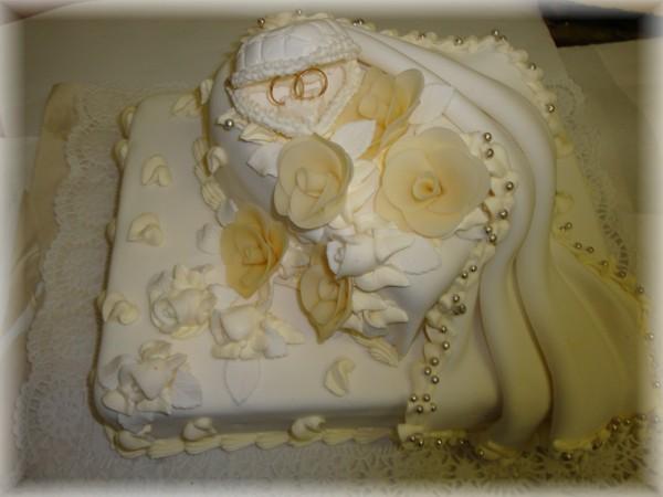 Svadobne torty, zakusky - Obrázok č. 91