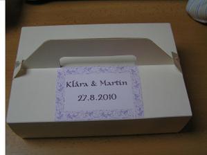 Krabička na výslužku...ještě přidám stužku :-)