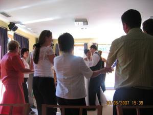 Náš první tanec - brzo nás rozdělili. :-(