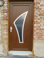 vstupni dveře