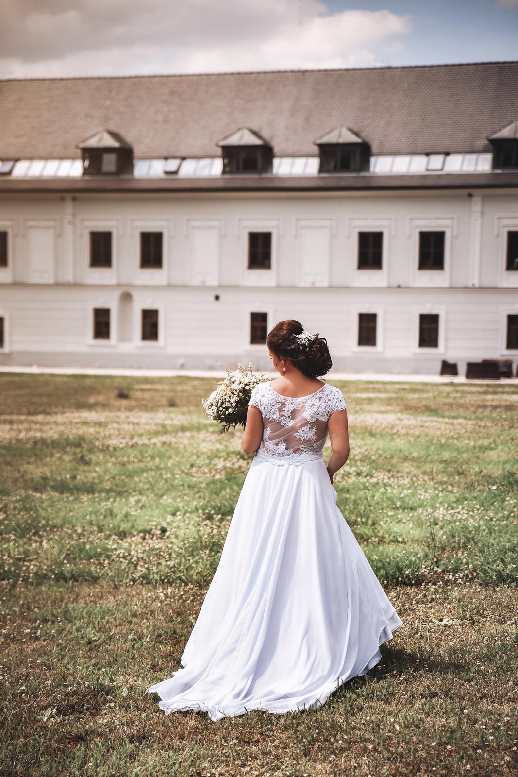 Svadobné šaty 38 - Obrázok č. 1