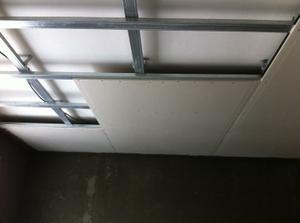 Znizenie stropu sadrokartonom
