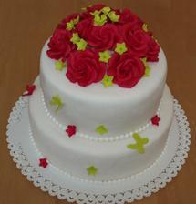 naša svadobná ... ruže sú cyklaménové ...