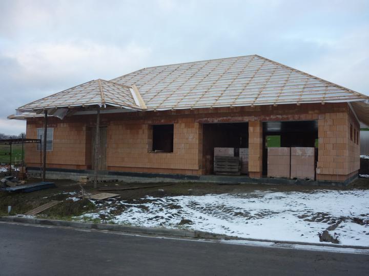 Střecha - celkový pohled zepředu