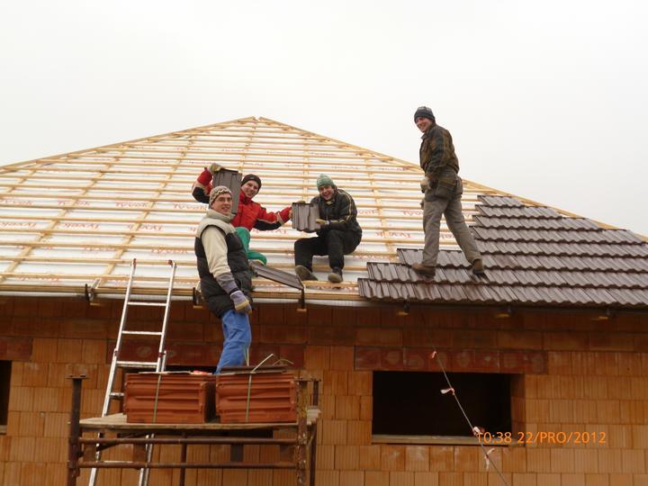 Střecha - zmrzlí a valííí ;-)