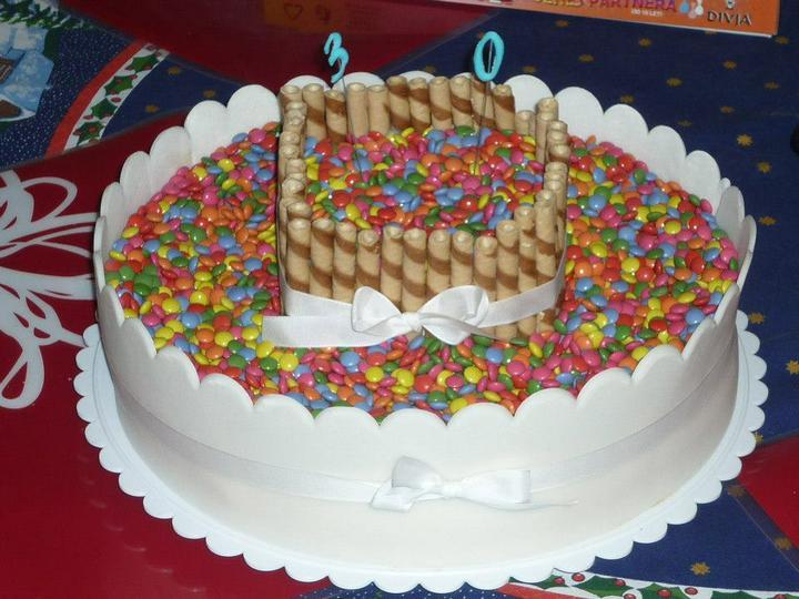 Moje výtvory - pro mého miláčka-dort plný lentilek