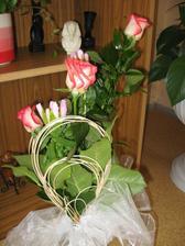 kytička ke včerejšímu svátku maminek...od dcerušky