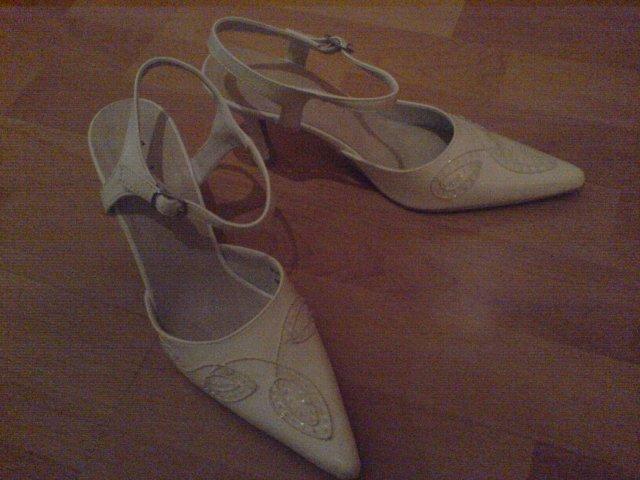 Svadba 29.april 2006_Erika a Marek - moje svadobné topánočky