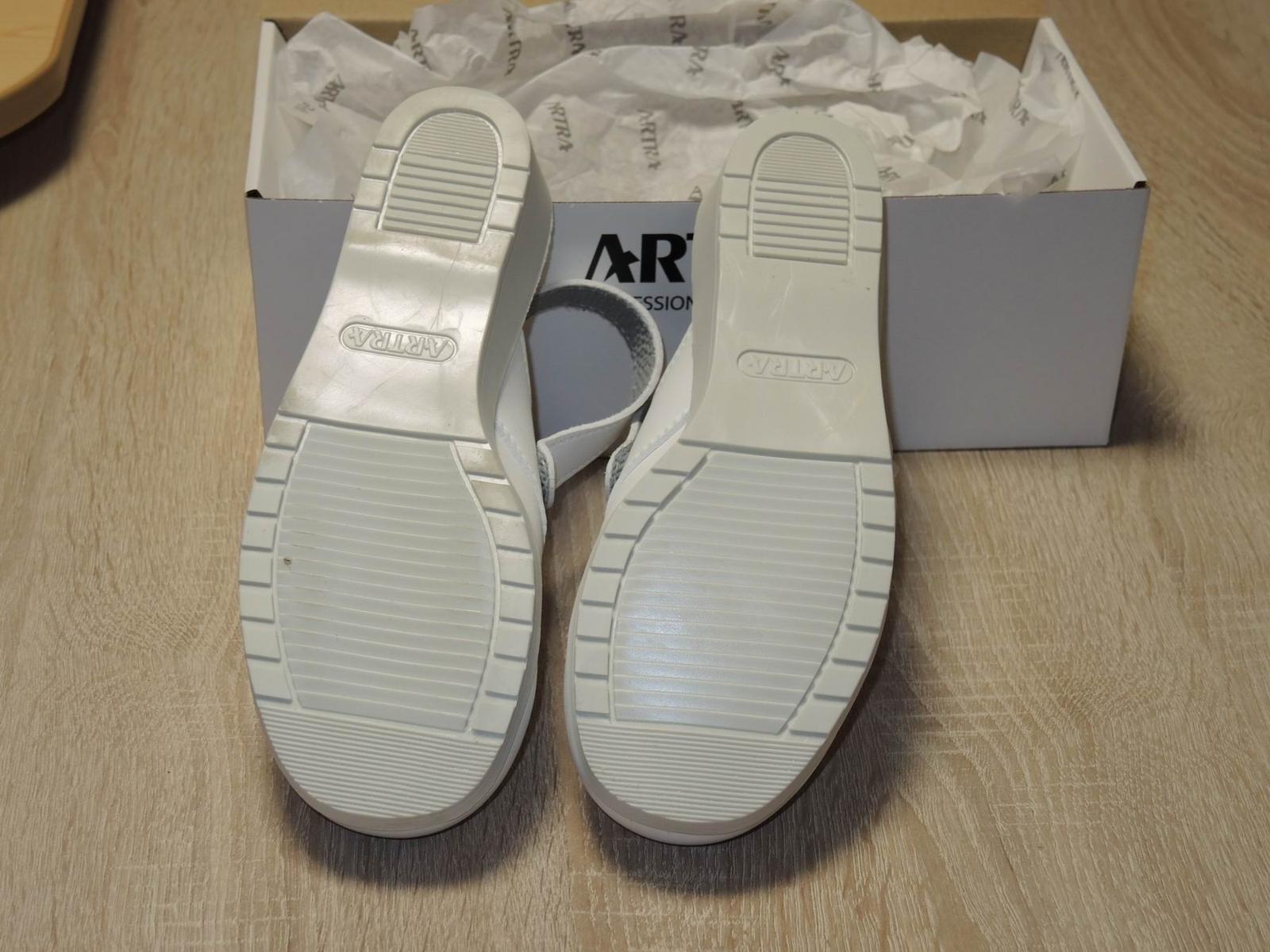 Pracovná obuv č.5 - Obrázok č. 3