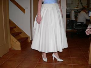 takováto délka sukně je dokonalá