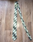 Zelená kravata ,