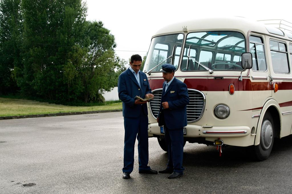 :-) máme retro autobus... - Obrázok č. 1