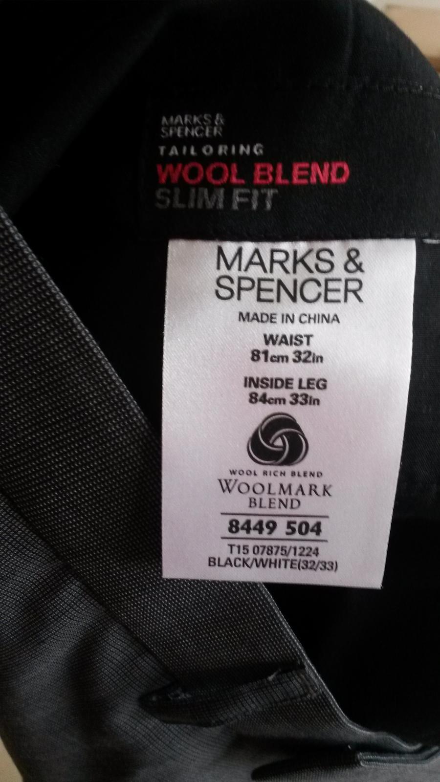 Slim oblek - Obrázok č. 2