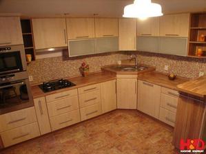vzorová kuchyňa podľa ktorej sme tvorili tú našu