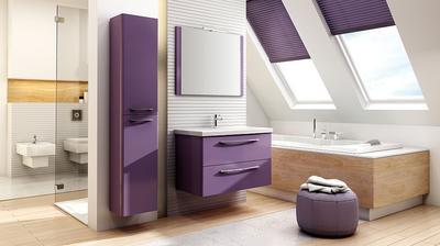 fialový nábytok do kúpeľne  ..... závesná skrinka, umývadlová skrinka a zrkadlo