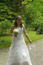 moje dcerka- družička...