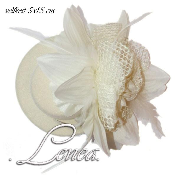 Novinky eshopu Lenea-klíčenky... - mini klobouček,vhodný k vytvoření dekorace na nevěstino auto