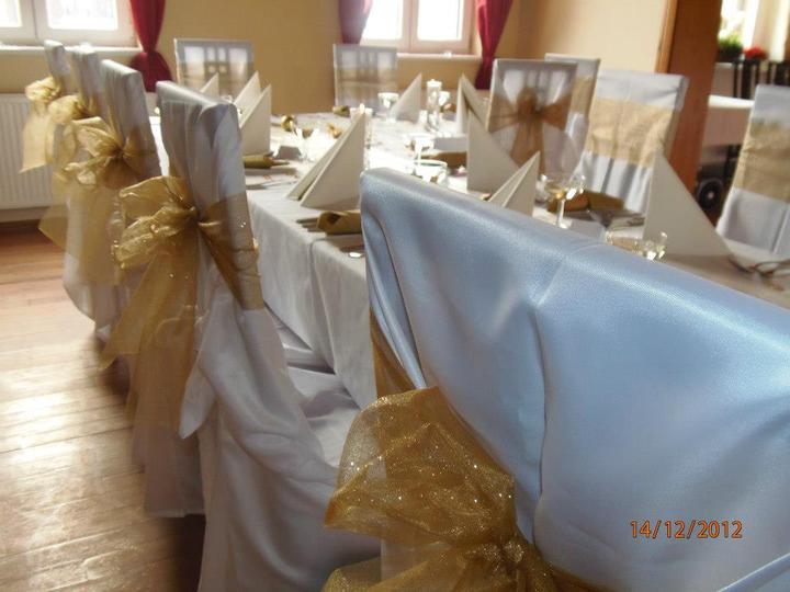 Svatební potahy na židle-zapůjčení,prodej i šití na míru - Obrázek č. 87