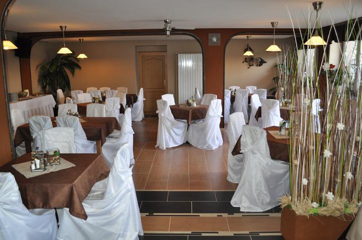 Svatební potahy na židle-zapůjčení,prodej i šití na míru - Obrázek č. 88