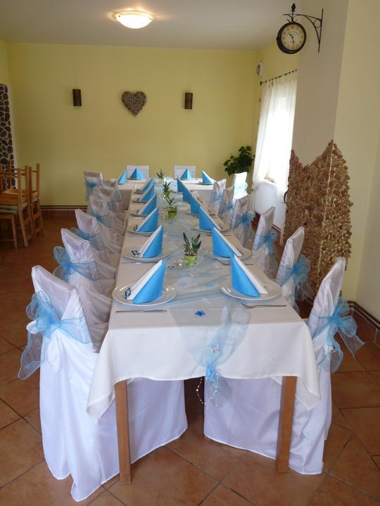 Svatební potahy na židle-zapůjčení,prodej i šití na míru - Obrázek č. 93