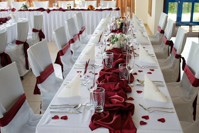 Svatební potahy na židle-zapůjčení,prodej i šití na míru - Obrázek č. 96