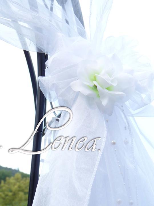 Slavobrána a květinové koule,svícny k zapůjčení - Obrázek č. 12