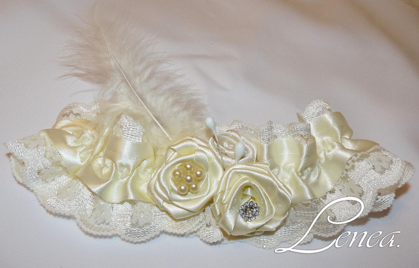 Svatební podvazek Evita-krémový - Obrázek č. 1