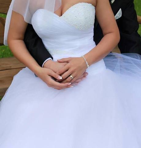svadobné šaty so Swarovski kamienkami  - Obrázok č. 1