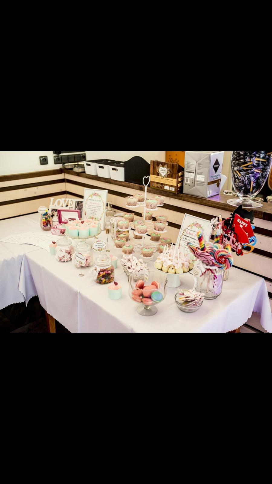 Stojan na cupcakes  - Obrázok č. 2