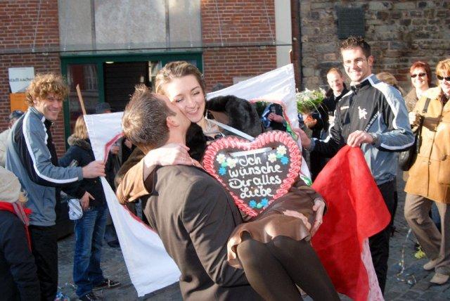 Eva Mesarosova{{_AND_}}Axel Christian Voigt - Dodatocne este fotecky z nasej civilnej svadby v decembri..... :-)