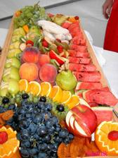 rozhodne by som chcela nejake ovocie..
