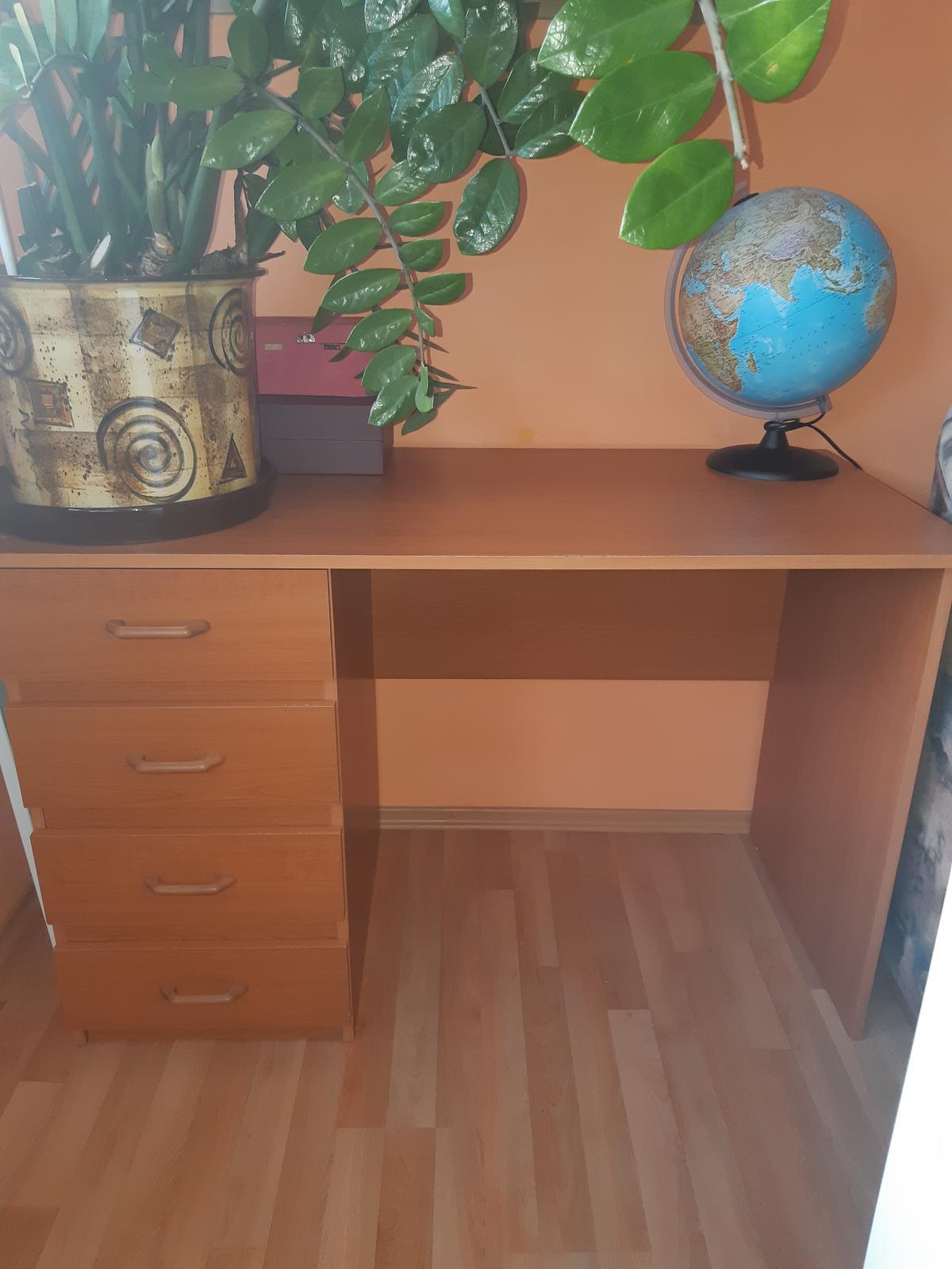 Písací stôl - Obrázok č. 1