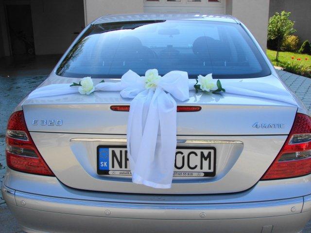Vyzdoby svadobných  áut - Obrázok č. 97