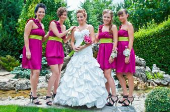 tieto dievčatá úplne zbožňujem :)