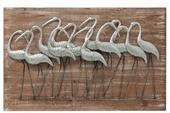 Dekoratívny drevený obraz s kovovými vtákmi,