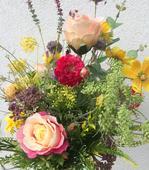 Kytica z hodvábnych kvetov  - letná romanca,