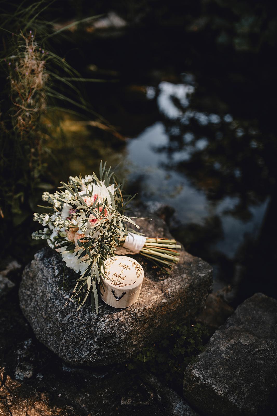 Srpnová pastelová svatba - Obrázek č. 1