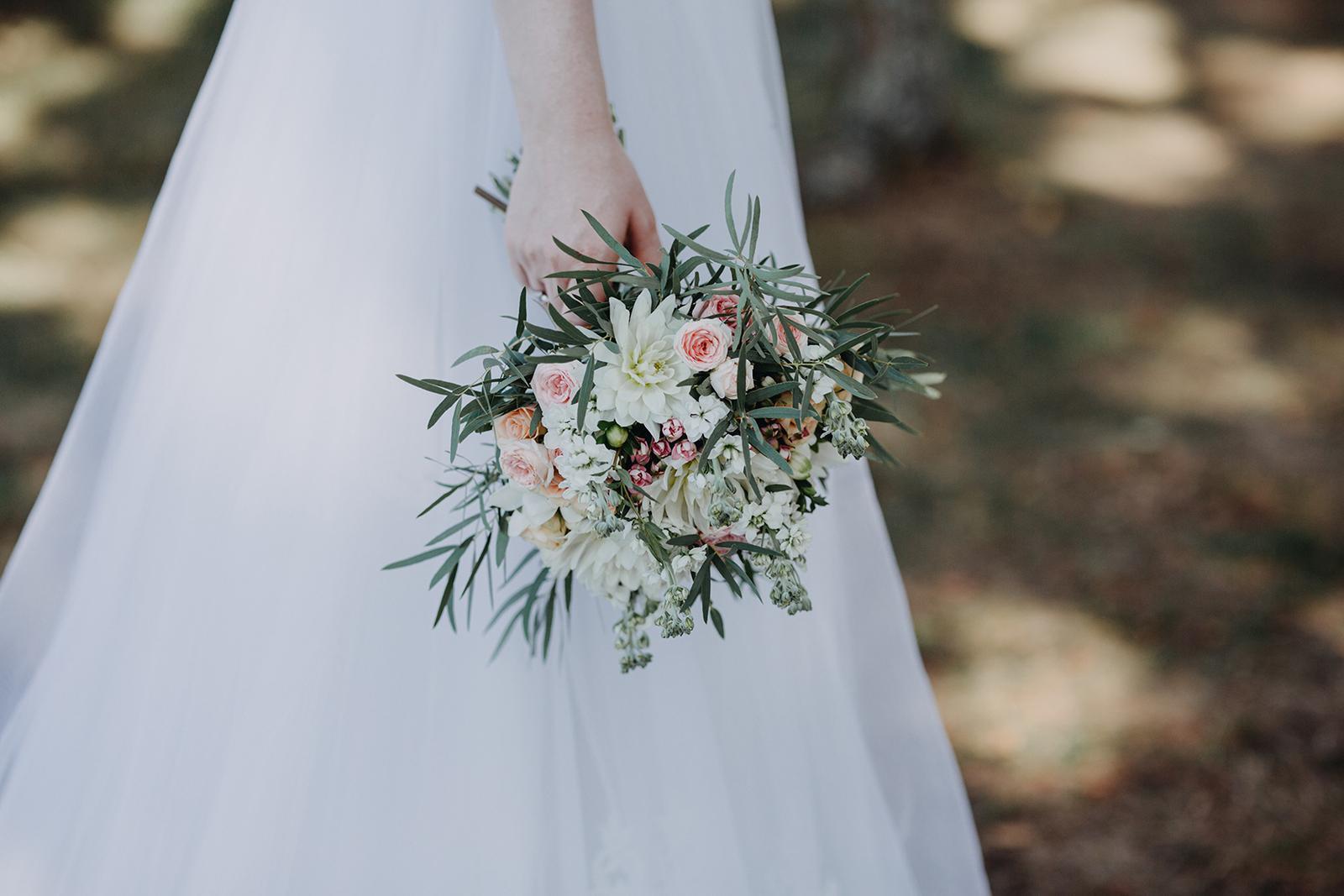 Srpnová pastelová svatba - Obrázek č. 6