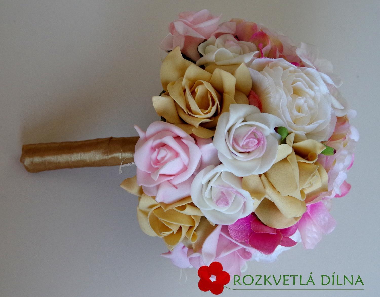 Pryskyřníky, růže - umělá kytice - Obrázek č. 4