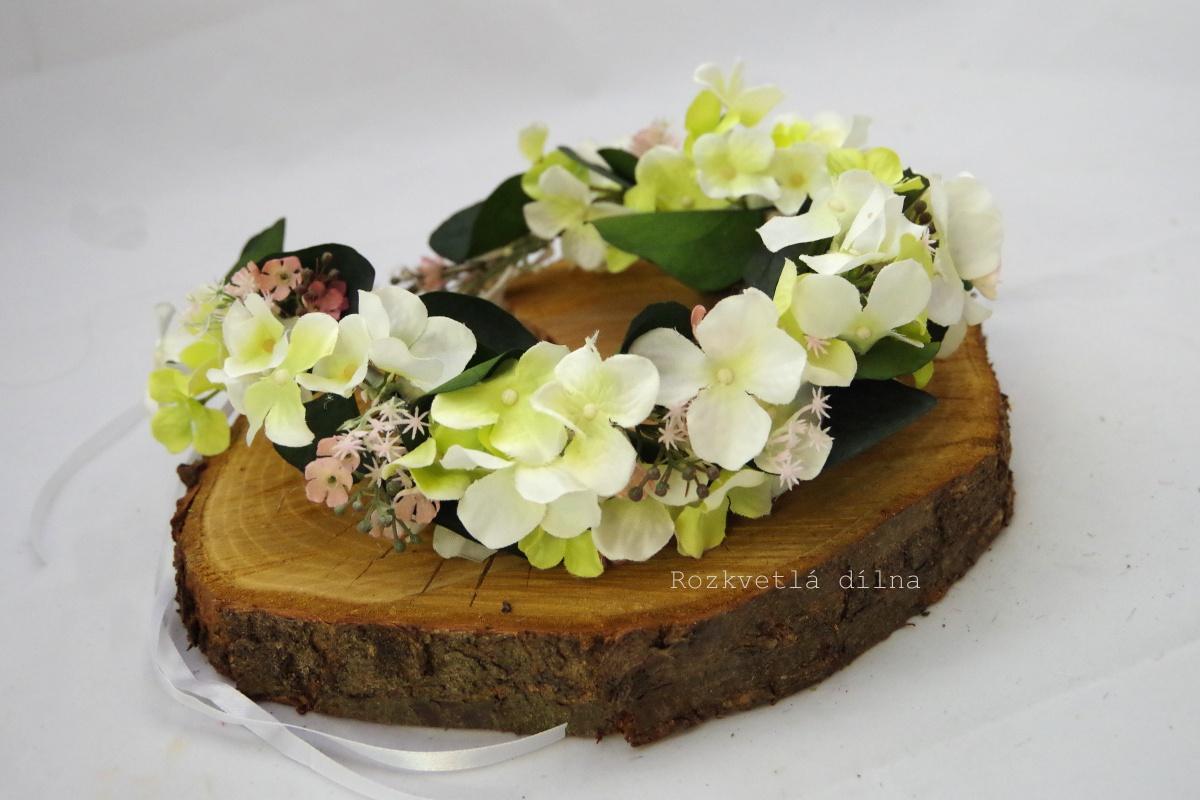 Věneček bílé květy s růžovou - Obrázek č. 1