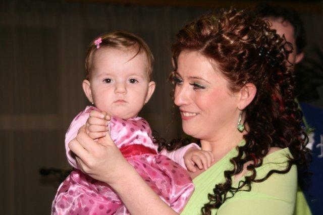 Evka{{_AND_}}Majko - najmladsia princezna a spevacka skupiny