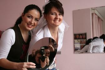 ja, vizazistka Martinka a v zrkadle kameramani :-)))